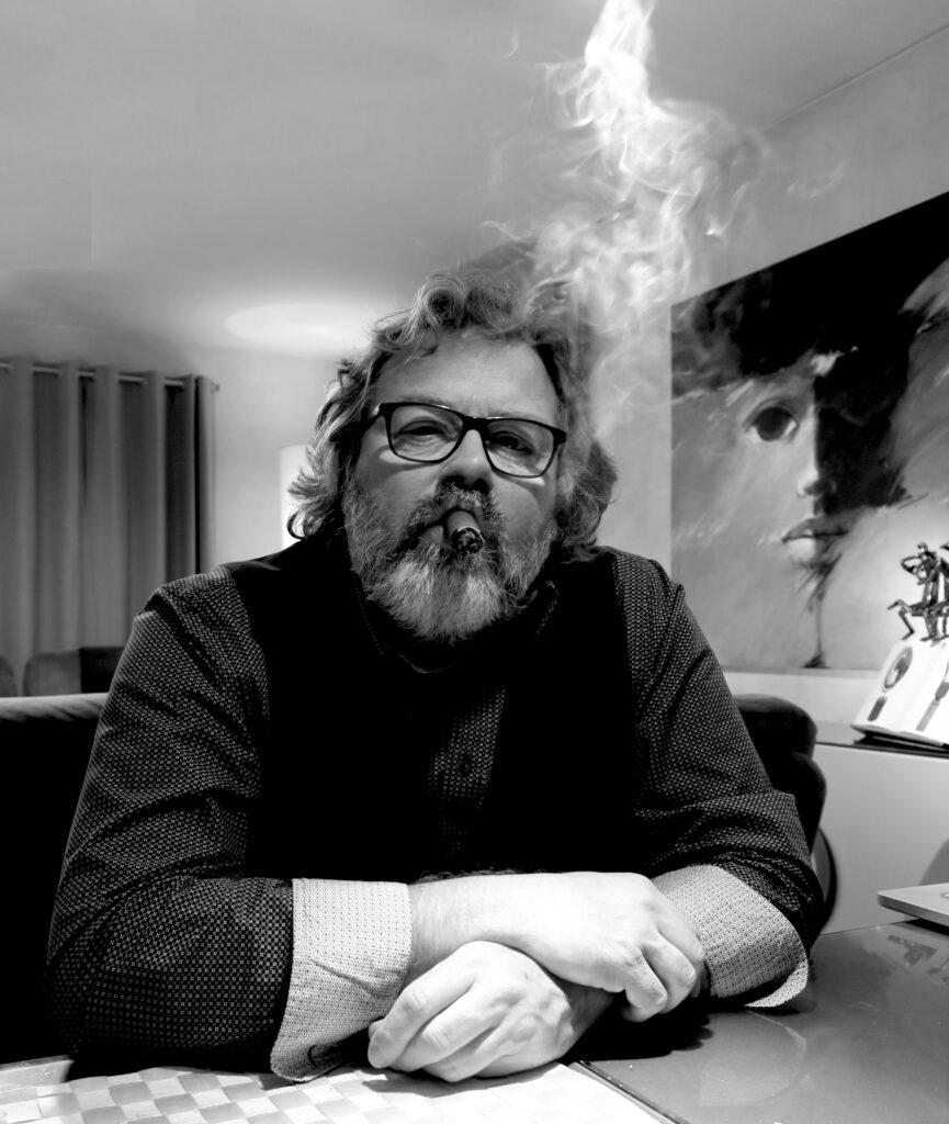 Yves Bondue auteur van ROOK! (Uitgeverij Houtekiet, 2021) - foto: Susy Dewulf