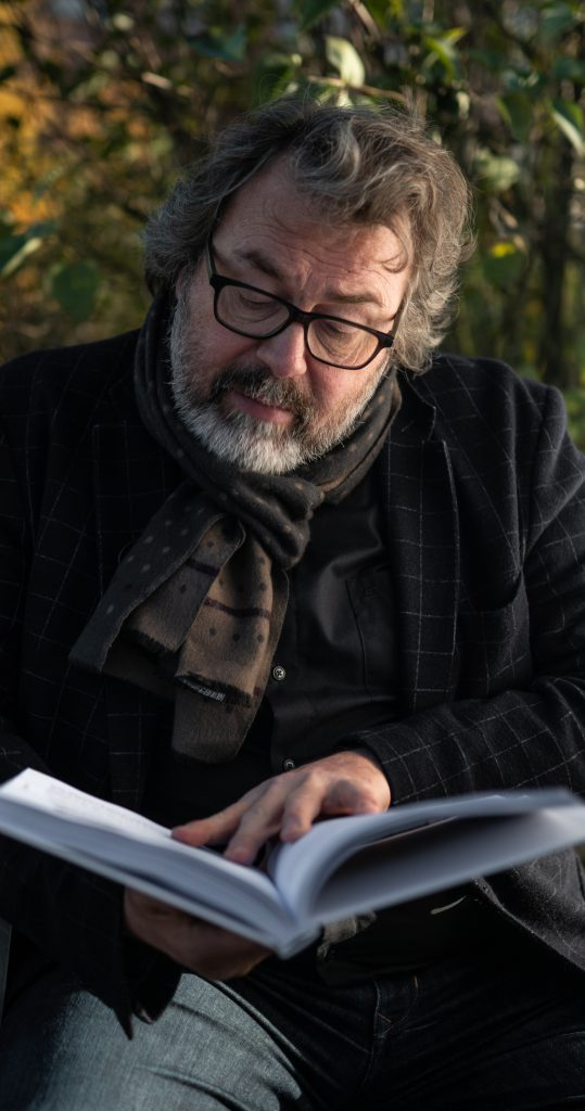 Auteur Yves Bondue - foto: Inge Verschatse